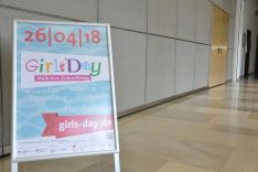 Girls day poster at DPMA