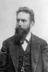 Photo of Wilhelm Conrad Röntgen, 1900
