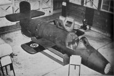 "Captured ""Natter"" without nose; the battery with the ""Foehn"" rockets is clearly visible"