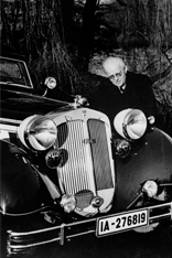 August Horch in 1936 with Horch 853 Sport Cabriolet